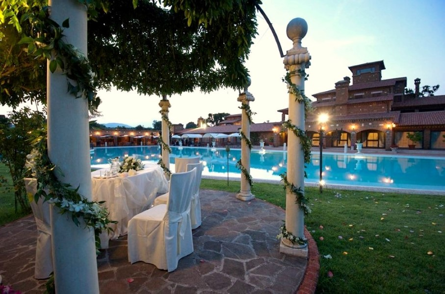 Matrimonio In Villa Roma : Location matrimonio civile roma e viterbo con rito civile autentico