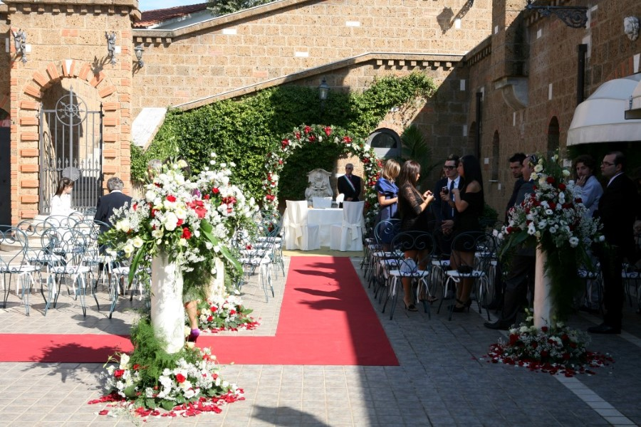 Matrimonio In Comune Costi : Matrimonio civile villa finisterre location per